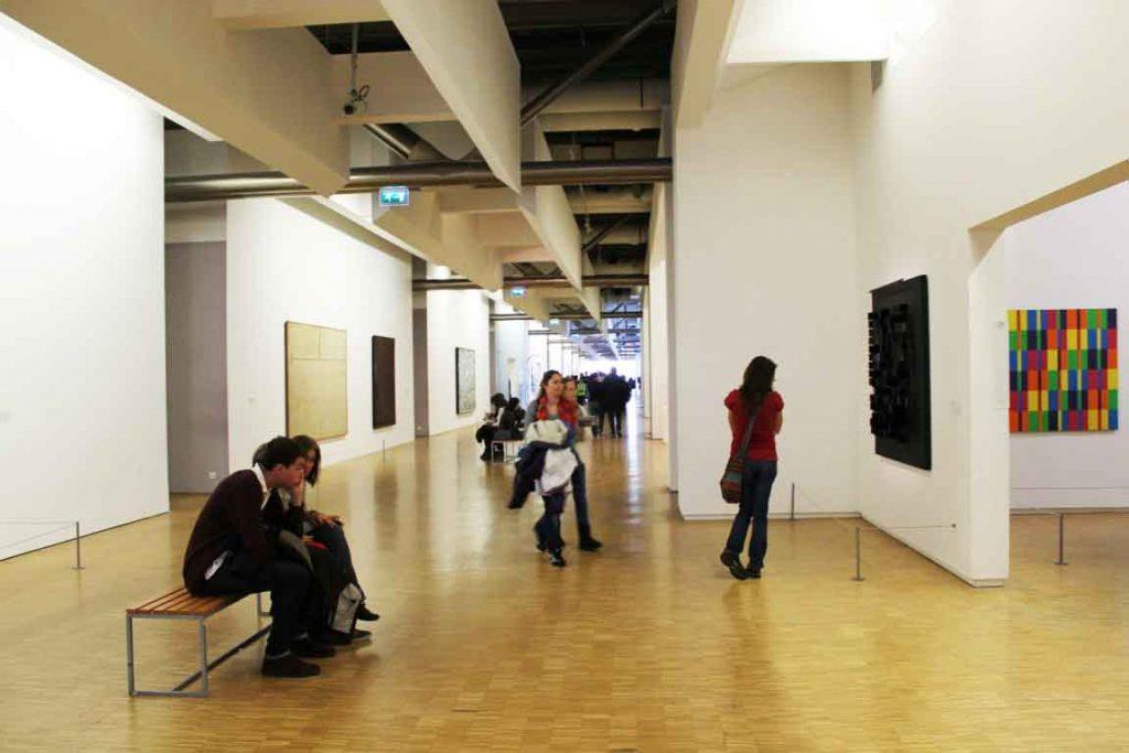 Veduta interna del Centre Pompidou – Parigi